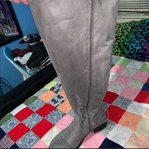 TORRID ** Over the Knee Grey boots